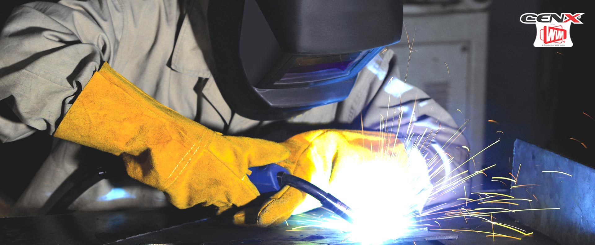 <h2>RELIABLE, ROBUST & POWERFUL</h2></br>WELDING & CUTTING EQUIPMENTS